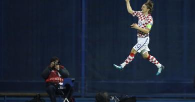 """WM-Playoffs 2018: Medien und Fans feiern """"Air Modric"""""""